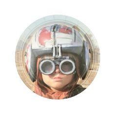 Articulos para fiestas de la Guerra de las Galaxias. Platos desechables ya disponibles en nuestra tienda http://www.articulos-fiestas-infantiles.es/512-articulos-fiesta-guerra-de-las-galaxias