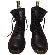 Leather boots DR. MARTENS (€135) ❤ liked on Polyvore featuring shoes, boots, shoes - boots, black, real leather boots, real leather shoes, black leather boots, leather shoes and black boots