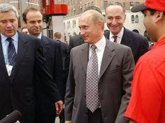 President Trump Calls for Immediate Investigation Into Chuck Schumer's Ties to Russia, Vladimir Putin
