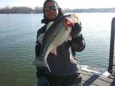 Aaron Martens on the 2nd day of the 2013 Bassmaster Classic