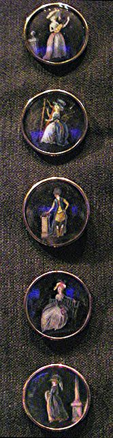 Buttons 1780s gentleman's frockcoat. Flickr by Johanni