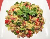 Quinoa - zdravý salát se zeleninkou Cobb Salad, Quinoa, Potato Salad, Potatoes, Ethnic Recipes, Food, Diet, Potato, Essen