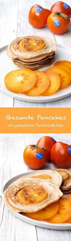 Pancakes ohne Zucker mit im Teig gebackener Persimon-Kaki