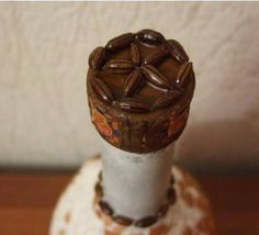 botellafrica8 Altered Bottles, Coffee Beans, Candle Holders, Candles, Desserts, Handmade, Food, Motivation, Ideas