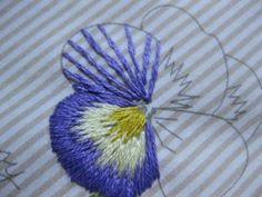 青木和子さんの刺繍「パンジー」:私のお気に入り