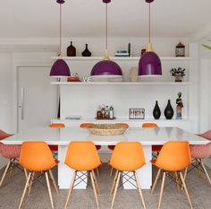 Flooring is an oft-overlooked yet essential component of home design. Getting it right can bring an entire aesthetic scheme together, so read on! Basement Inspiration, Dinner Room, Dining Room Design, Home Decor Bedroom, Room Decor, Interiores Design, Decoration, Furniture Design, Interior Decorating