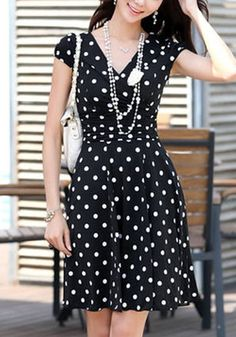 Black Polka Dot Print Pleated V-neck Short Sleeve Chiffon Dress