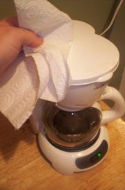 cleaning your coffee pot