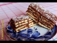 Sweet crackers and milk cream dessert Romanian Desserts, No Cook Desserts, Crackers, Tiramisu, Waffles, Biscuits, French Toast, Sweet Treats, Cooking Recipes