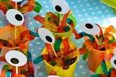Festa de Monstros Colorida e Criativa, Little Monster Birthday, Monster 1st Birthdays, Monster Birthday Parties, First Birthdays, Monster Inc Party, Little Monster Party, Boys First Birthday Party Ideas, 1st Boy Birthday, Birthday Party Themes