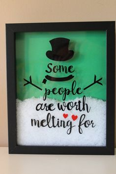 Easy Crafts To Sell, Diy Crafts For Gifts, Christmas Crafts, Flower Shadow Box, Diy Shadow Box, Cricut Christmas Ideas, Christmas Diy, Christmas Items, Diy Snowman