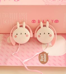 Japanese Cute Fashion Earphone on Girly Girl の To Alice.Cute Pink Cartoon Earphone Creative Girly Music Headphone Gg525 kawaii outfit for girly girl.Make you stand out of others.