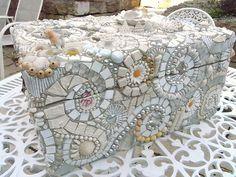 Romantic white Mosaic Box