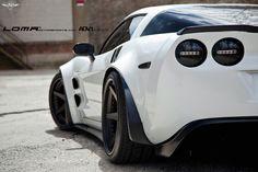 Corvette Chevy, Chevrolet Corvette, Corvette Zr1, White Corvette, American Muscle Cars, Exotic Cars, Luxury Cars, Super Cars, Race Cars