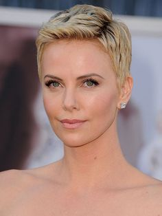 Short hair style ideas just in time for summer.