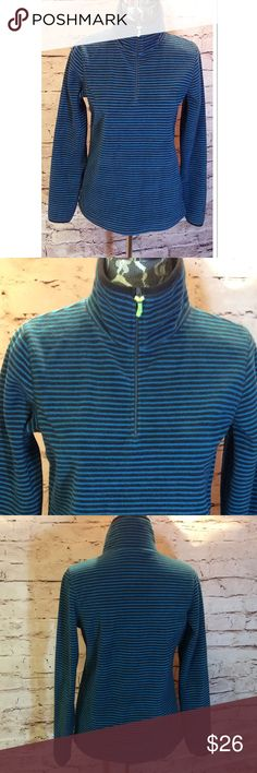 OLD NAVY FLEECE 1/4 ZIP TOP Cute striped fleece pullover in Teal and charcoal. Gently used Old Navy Sweaters