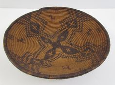 Good Apache Native Am. Coiled basketry tray : Lot 196