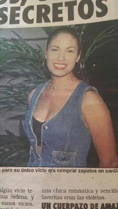 SELENA@FAMILY Selena Quintanilla Perez, Selena Selena, Best Artist, Love Her, Singer, Smile, Queen, Happy Smile, Sweetie Belle