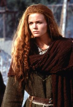 With Dennis Quaid, Sean Connery, Dina Meyer, Pete Postlethwaite. ... DragonHeart -- The last dragon and a disillusioned dragonslaying knight must ..... [thinking Bowen has come to kill Draco, Kara waves a dagger in Bowen's face as if to
