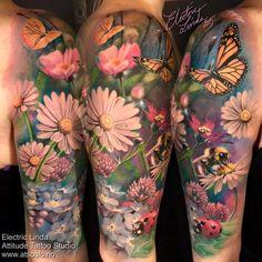 half sleeve tattoo designs and meanings Girly Tattoos, Pretty Tattoos, Leg Tattoos, Beautiful Tattoos, Flower Tattoos, Body Art Tattoos, Tribal Tattoos, Henna Tattoos, Samoan Tattoo
