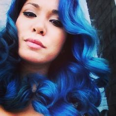 Glorious curls in a Blue Moon color.