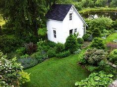 Perfection — dream cottage garden with pond. (Source: holyforestfairy, via amandatralala)