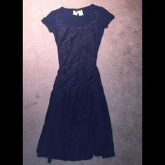 100% Silk Max Mara Weekend Dress Purchased in Italy, it's 100% silk with a cotton top. Ties at back, very beautiful. No flaws. Cheaper on Ⓜ️ Max mara Dresses
