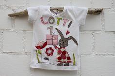 """Langarmshirts - Shirt """"Frau Hase feiert Geburstag"""" NE... - ein Designerstück von milla-louise bei DaWanda"""