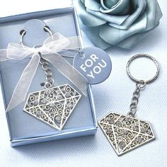 Diamond design metal key chain Ribbon Wrap, Organza Ribbon, Adult Birthday Party, Birthday Party Favors, Birthday Ideas, Keychain Design, Scroll Design, Diamond Design, Diamond Are A Girls Best Friend