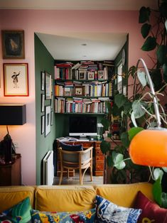 The Most Colorful Home in London - The Neo-Trad