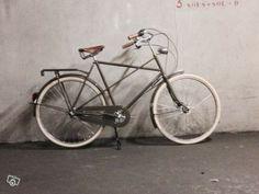 Vélo achielle cadre croise 3 vitesses cadre. 61 cm