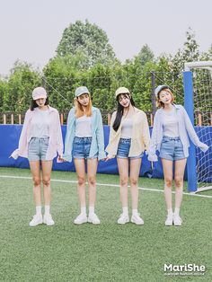 Image about fashion in Matching group outfits by Blue Kitten Source by Outfits ulzzang Kpop Fashion Outfits, Ulzzang Fashion, Friends Fashion, Tween Fashion, Korean Outfits, Cute Fashion, Daily Fashion, Girl Fashion, Fashion Design