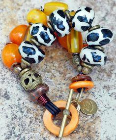Exotic Amber Yellow, African Brass and Giraffe Print Beaded Bracelet