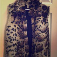 Faux Fur Vest sz L LOWERD Price!  Faux Fur Designers Original Brand. EUC! Jackets & Coats Vests