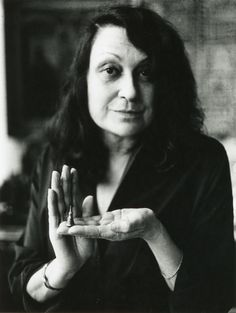 Lina Bo Bardi spent most of her working days in Brazil to promote the social and cultural potential in architecture and design. Philip Johnson, Oscar Niemeyer, Odile Decq, Architecture Design, Famous Architects, Modern Masters, Portraits, Built Environment, John Pawson