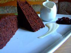 NEGRESA CU DULCEATA DE VISINE | Dragostea in bucate Best Brownies, Banana Bread, Vegan, Desserts, Mai, Food, Tailgate Desserts, Deserts, Essen
