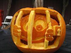 PUMPKIN inside pumpkin jail - halloween - jack-o'-lantern Funny Pumpkin Faces, Funny Pumpkin Carvings, Amazing Pumpkin Carving, Pumpkin Carving Patterns, Funny Pumpkins, Halloween Pumpkins, Halloween Ideas, Halloween Party, Halloween Decorations