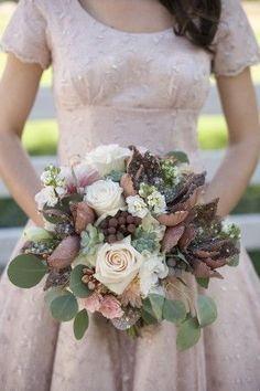 un giorno di festa: non solo wedding: a settembre la sposa si tinge di marrone e rosa cipria