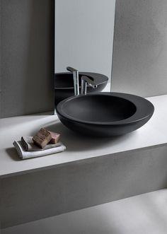 Todo sobre Le Giare on top washbasin 60 de Ceramica Cielo en Architonic. Encuentra imágenes e información detallada sobre distribuidores, formas de..