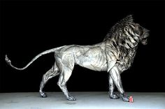Istanbul-based Turkish sculptor Selçuk Yılmaz has created a majestic lion sculpture from almost 4,000 pieces of scrap metal, titled Aslan