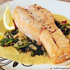 Pieczony stek z łososia na szpinaku #salmon #spinach #łosoś