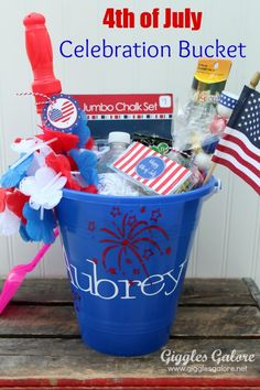 4th of July Celebration Buckets #4thofJuly #Cricut #Celebration