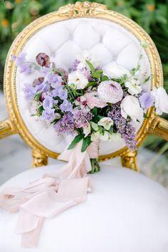 Purple hued wedding bouquet: Photography: Julie Wilhite - http://juliewilhite.com/
