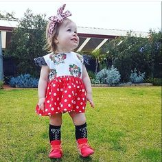 To cute 😍😍😍 rocking our hot coral pink and floral hightops! ➕Gorgeous photo by @mumma_and_edie➕ ...................................... #coolbub #stylinlady #finnbearnz #prettylittlelady