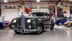 1975 Rolls-Royce With A LS7 – Engine Swap Depot Breitling Bentley, Rolls Royce Silver Cloud, Mercedes 300sl, African Market, Rolls Royce Cars, Bentley Mulsanne, Engine Swap, Best Classic Cars, Mini Trucks