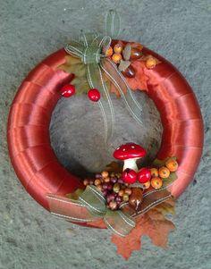 őszi kopogtató 3 Indoor Plants, House Design, Autumn, Halloween, Christmas, Crafts, Handmade, Home Decor, World