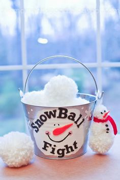 SNOWBALL FIGHT IN A BUCKET.  Make Your Own, Directions included...Cute DIY Gift for kids!  #snowballfightinabucket #christmascrafts