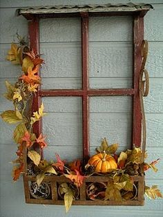 Old window frame, decorated with fall leaves and pumpkins. I would rather put this around a real window Window Frame Crafts, Old Window Decor, Old Window Projects, Window Art, Window Frames, Window Screens, Window Ideas, Seasonal Decor, Fall Decor