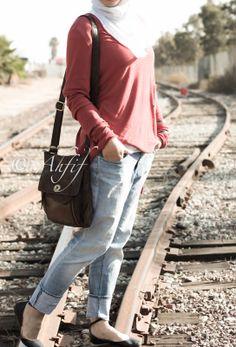 Ahfif casual hijab style boyfriend jeans and oversized top | www.ahfif.com | Muslim Fashion, Hijab Fashion, Boyfriend Jeans Style, Hijab Jeans, Hijab Outfit, Pretty Dresses, Style Me, Hijab Styles, Abayas