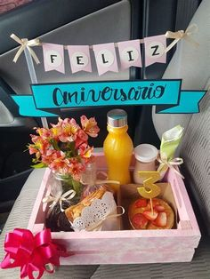 Bf Gifts, Boyfriend Gifts, Cute Gifts, Homemade Gift Baskets, Homemade Gifts, Birthday Box, Birthday Gifts, Breakfast Basket, Birthday Breakfast